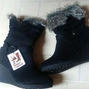 Women Black Boots Size 11